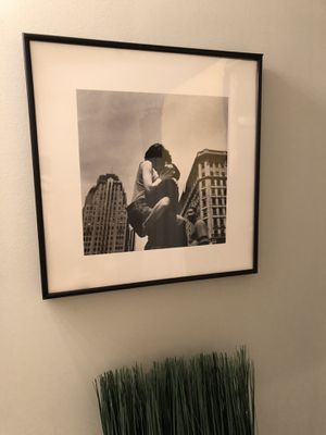 Framed Black and White Print for Sale in St. Louis, MO