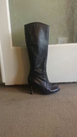 Black leather boots size 4 for Sale in Seattle, WA