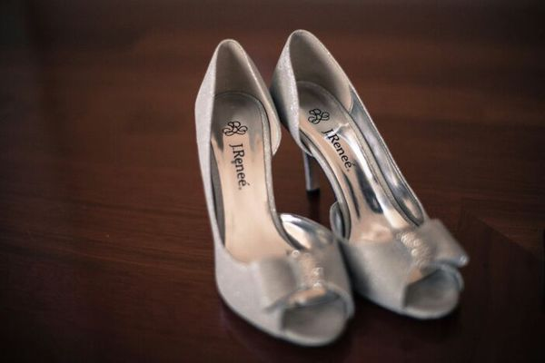 e4806f82868 J Renee wedding shoes for Sale in Everett