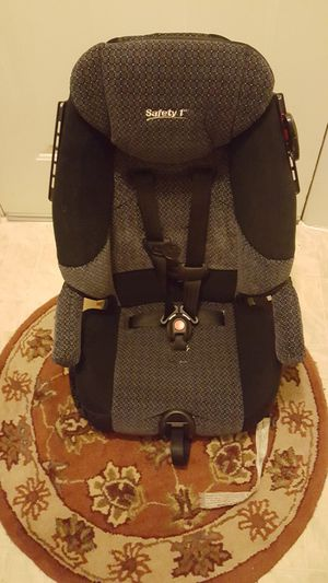 Two car seats both for 60.00 are best offer for Sale in Germantown, MD