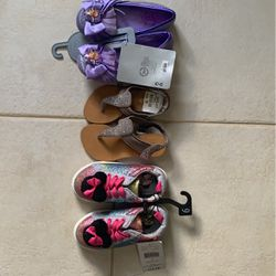 Size 9 Toddler Shoes Nwt Thumbnail