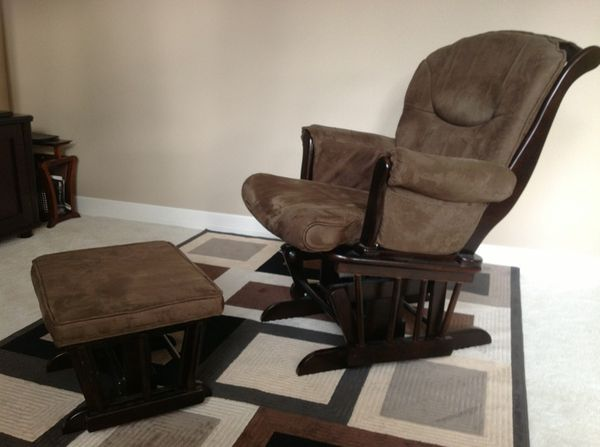 Sherman Costco Rocking Chair With Ottoman Ideal For New Mothers Moms Too