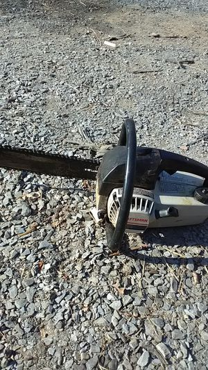 Craftsman chainsaw for Sale in Buckingham, VA