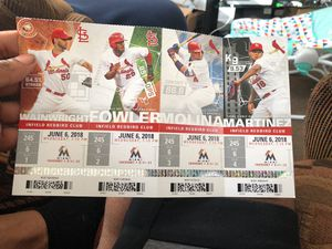Cardinals infield tickets TONIGHTS GAME for Sale in St. Louis, MO