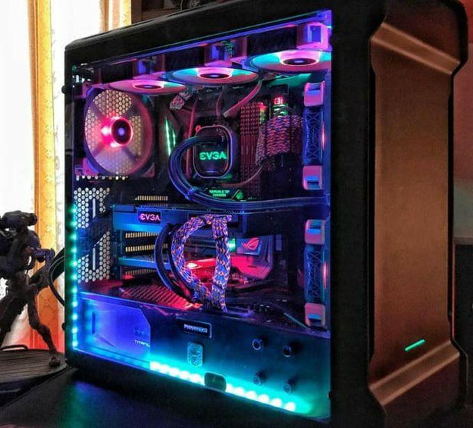 Custom Gaming PC Build's READ DESCRIPTION