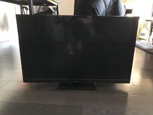 Insignia 32 inch tv for Sale in Chicago, IL