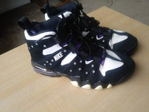Charles Barkley 10.5 shoes....brought off EBay but too small....selling for 50.00.......in really good condition ......I have never worn them for Sale in Baltimore, MD