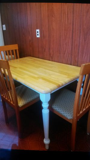 Beautiful solid maple wood dining set for Sale in Silver Spring, MD