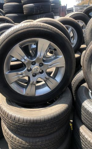 Toyota Sienna rims size 19 for Sale in Commerce, CA