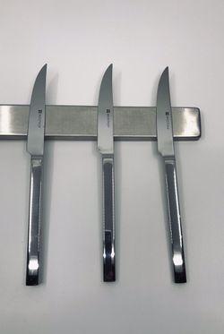 Magnetic knife holder Thumbnail