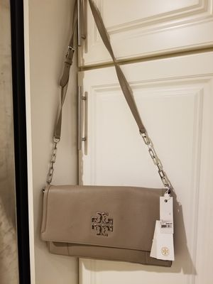 Brand new Tory Burch written fold purse for Sale in Cleveland, OH
