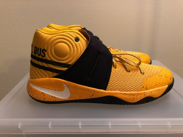 "size 40 e3fb0 2cf0a Nike Kyrie 2 ""School Bus"" (GS) Basketball Shoes 826673-700 Yellow/Black Sz  6.5Y for Sale in Coral Springs, FL - OfferUp"