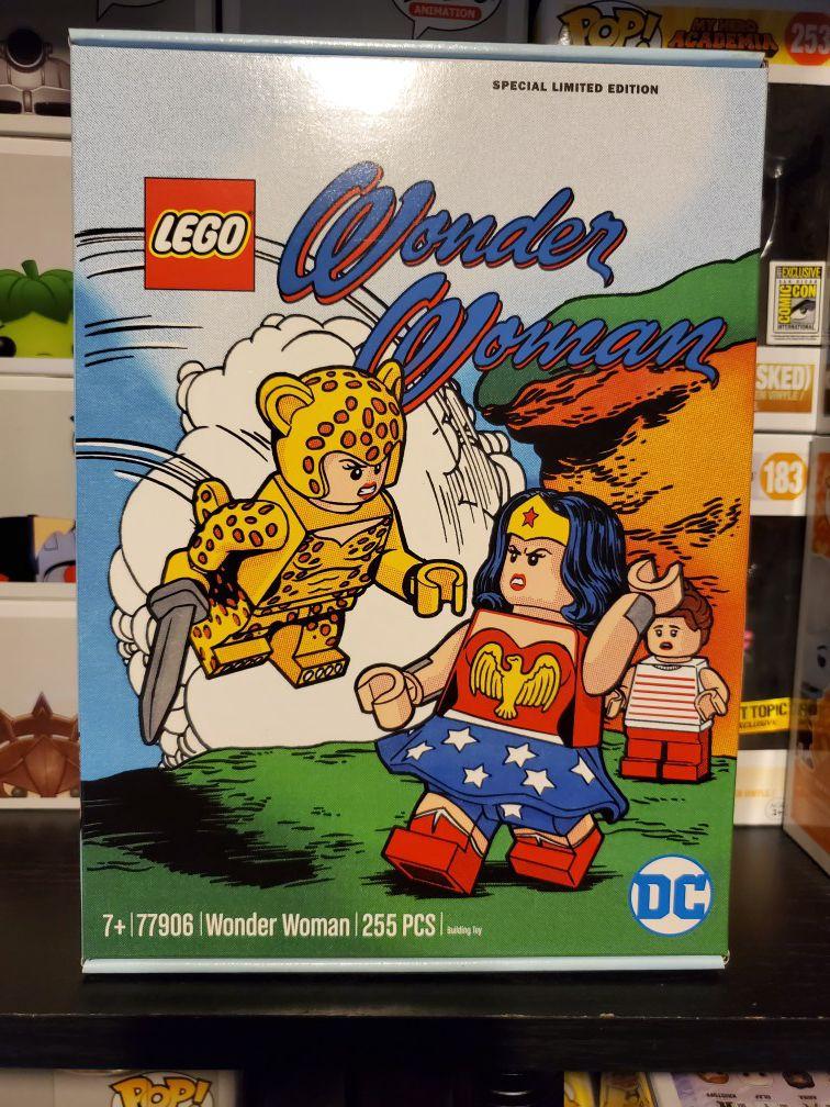 DC Comics Wonder Woman Lego 77906 225pc set Special Limited Edition