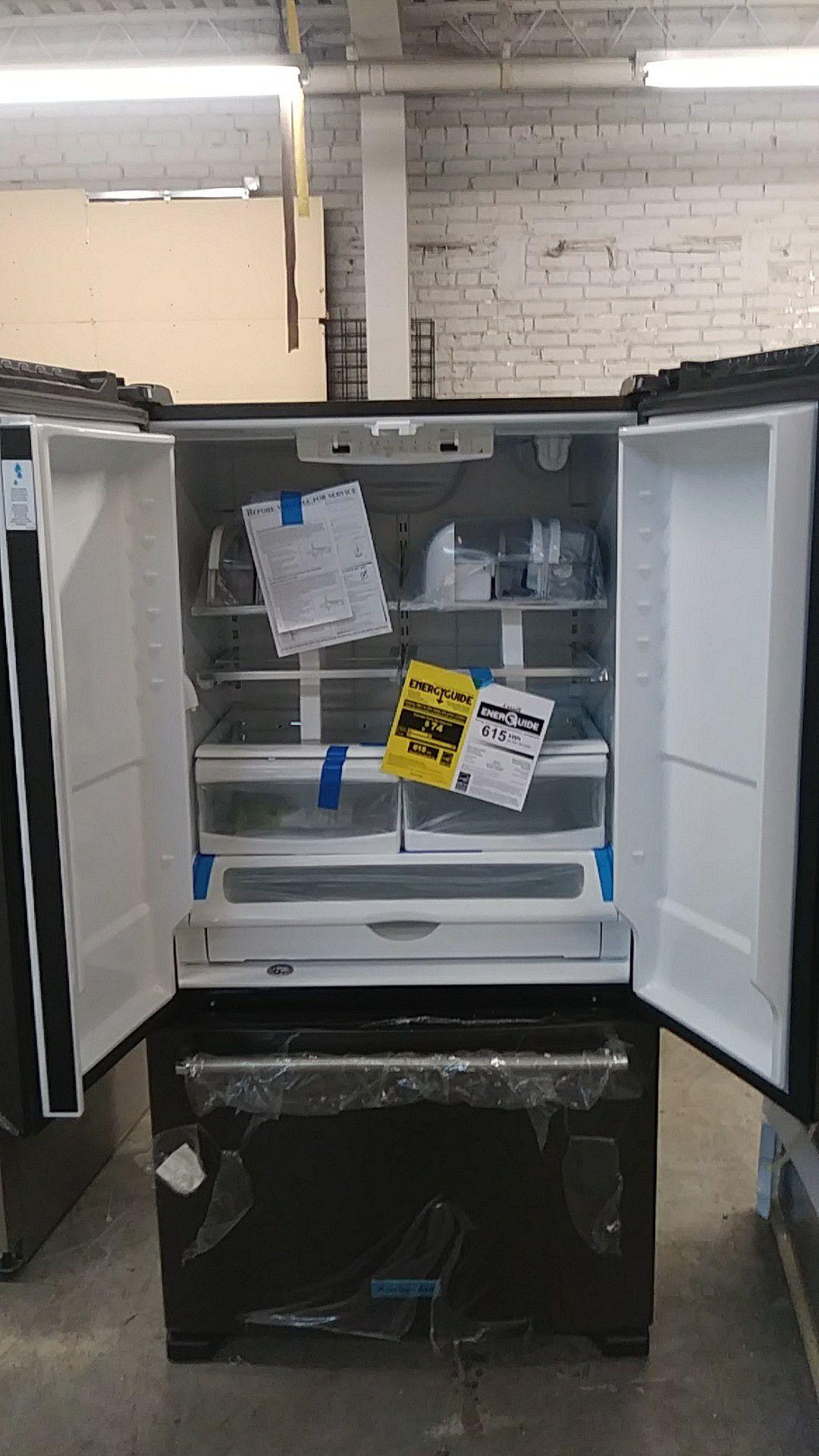 New KitchenAid black stainless steel fridge