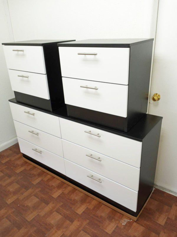NEW DRESSER CHEST AND 2 NIGHTSTANDS. MIRROR NOT INCLUDED. ALSO SOLD SEPARATELY