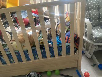 Graco Break Down Crib Thumbnail