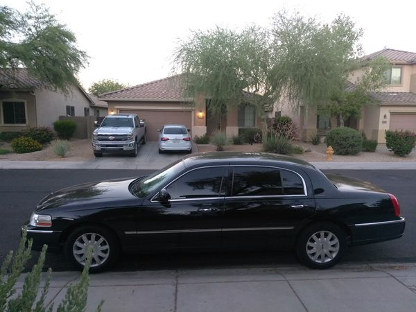Limo Edition Blacked 2011 Lincoln Town Car Perfect Condition