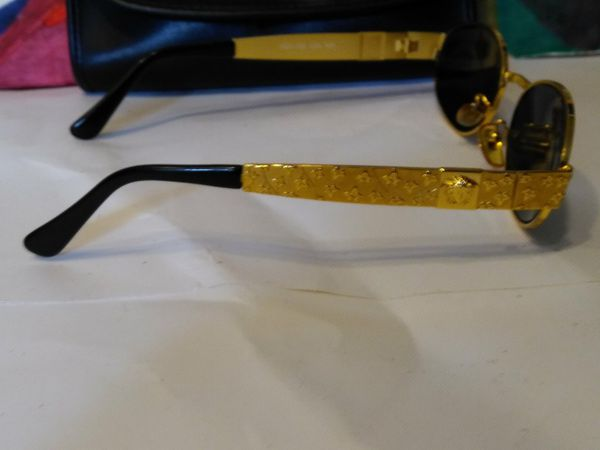 2db5aa3e85 Gianni Versace sunglasses for Sale in San Marcos