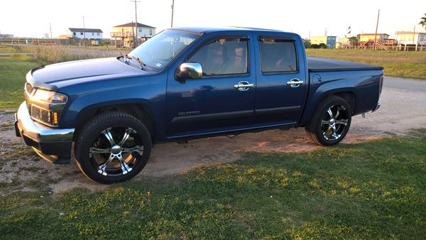 2005 customized chevy colorado for sale in clinton sc offerup. Black Bedroom Furniture Sets. Home Design Ideas