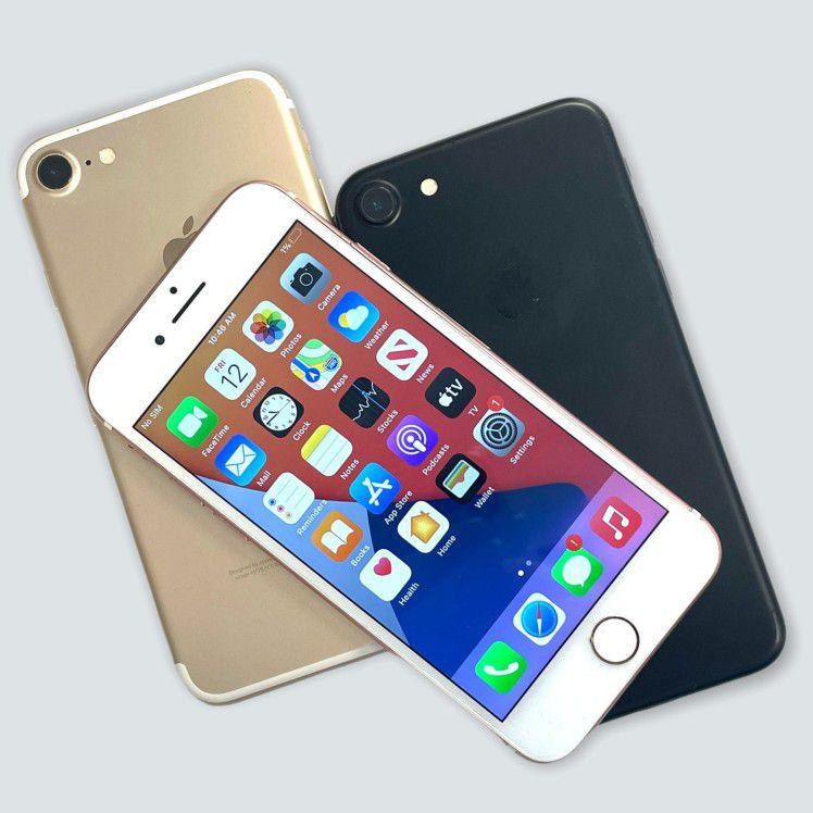 IPhone 7 32 GB Unlocked Each