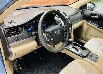 2012 Toyota Camry Thumbnail
