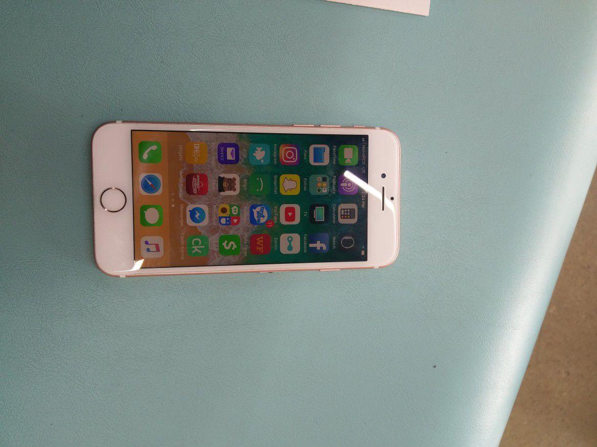 IPhone 7 32gb still under squaretrade warranty till 11/18 unlock to any network sprint/verizon/tmobile/metropcs/boost