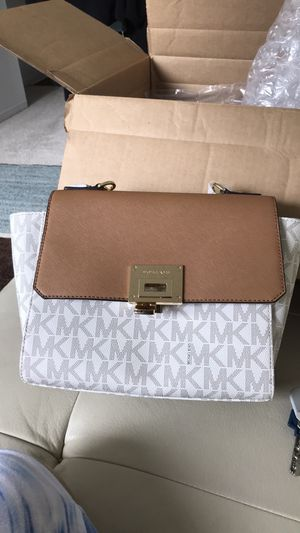 d0b6619a86a4e7 New and Used Michael Kors for Sale in Chicago, IL - OfferUp