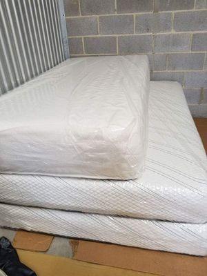 venta de muebles y camas todo nuevo for Sale in Silver Spring, MD ...