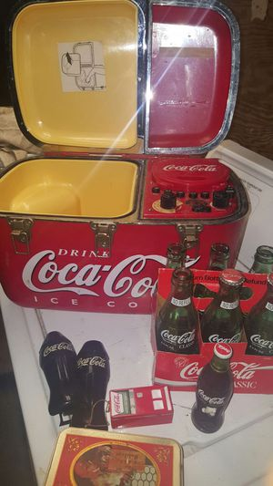 Coca cola cooler radio player for Sale in Columbus, OH