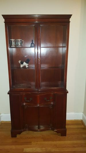 Antique Mahogany China Cabint for Sale in Fort Washington, MD