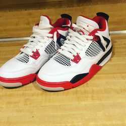 Jordan 4 Fire Red 2020 Thumbnail