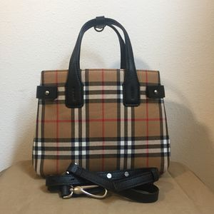 a4ab6c0a52fe AUTHENTIC NEW BURBERRY The Small Banner in Vintage Check and Leather  1.49K  for Sale in