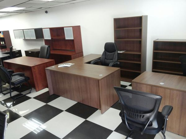 GABLES OFFICE FURNITURE SHOWROOM 2127 SW 27 AVE MIA 33145 For Sale In Doral FL
