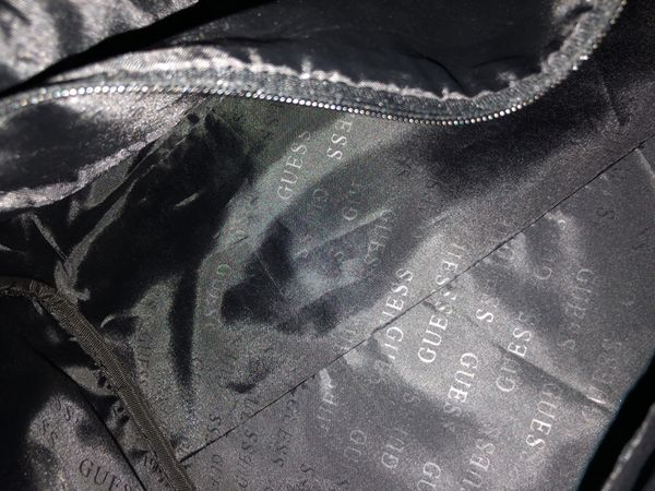 9a6466a33f70 Women s And Men s Guess Branded Duffle Bag for Sale in Sacramento ...
