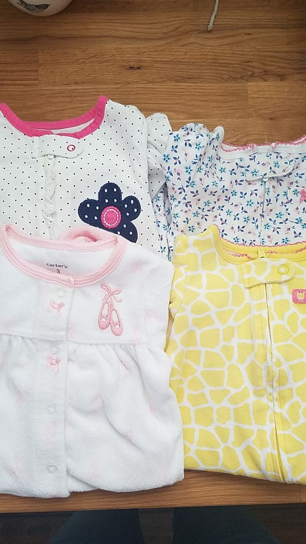 9207e249a Carters pajamas SIZE 3 months (4 pairs) for Sale in Glendale