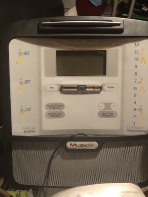 Nordictrak Audiostrider 8000 Eliptical for Sale in Boyds, MD
