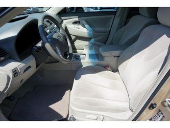 2010 Toyota Camry Thumbnail