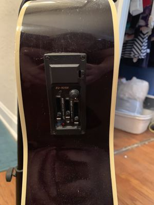 Starter Acoustic Guitar with Amp Pick Up for Sale in Orlando, FL
