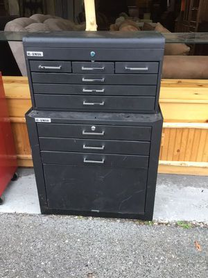 Photo US General Toolbox and Chest - Delivery Available