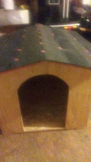Dog house for Sale in San Bernardino, CA