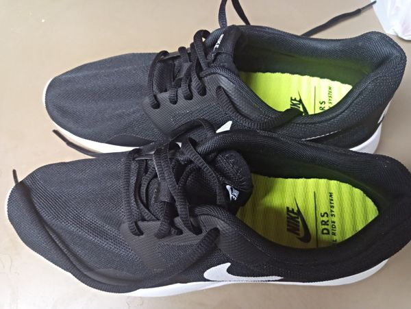 brand new 3a6f9 f2d68 New Womens Nike DRS shoes size 8