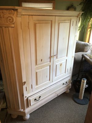 Cabinet for Sale in Imperial, MO