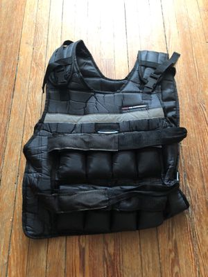 GNC Pro Performance Weight Vest 2-24lb for Sale in Washington, DC