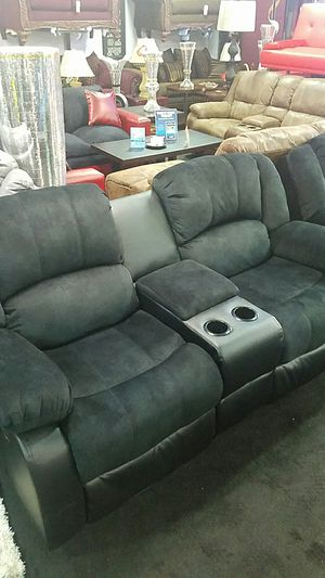 Reclining Sofa and Loveseat for Sale in Cleveland, OH