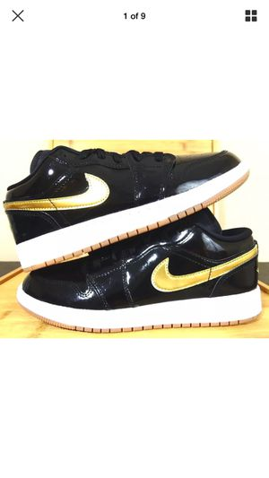New Nike Youth Air Jordan Retro 1 Low GG Size 7y Black Metallic Gold 554723-032 for Sale in Tampa, FL