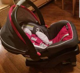 Graco SnugRide Click Connect 35 infant carseat Thumbnail