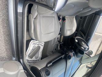 2006 Volkswagen Beetle Thumbnail