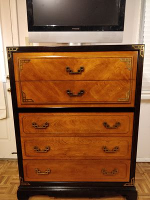 """Like new wooden big (BASSETT) chest dresser with golden handles & big drawers, made in USA, all drawers sliding smoothly. L40""""*W19""""*H50"""" for Sale in Annandale, VA"""