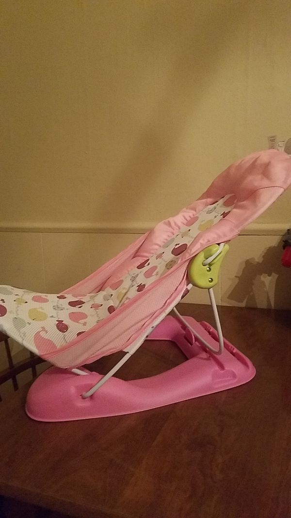 Mesh net baby bath seat for Sale in Hanover, PA - OfferUp