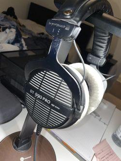 Beyerdynamic DT-990 Pro Studio Headphones Thumbnail
